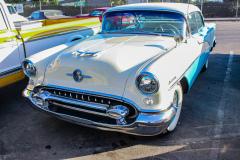 1956-oldsmobile-holiday-4