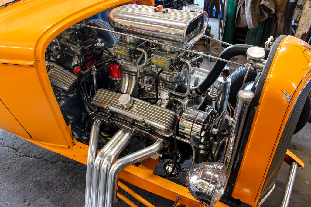 1933 Ford 3 Window Highboy Engine