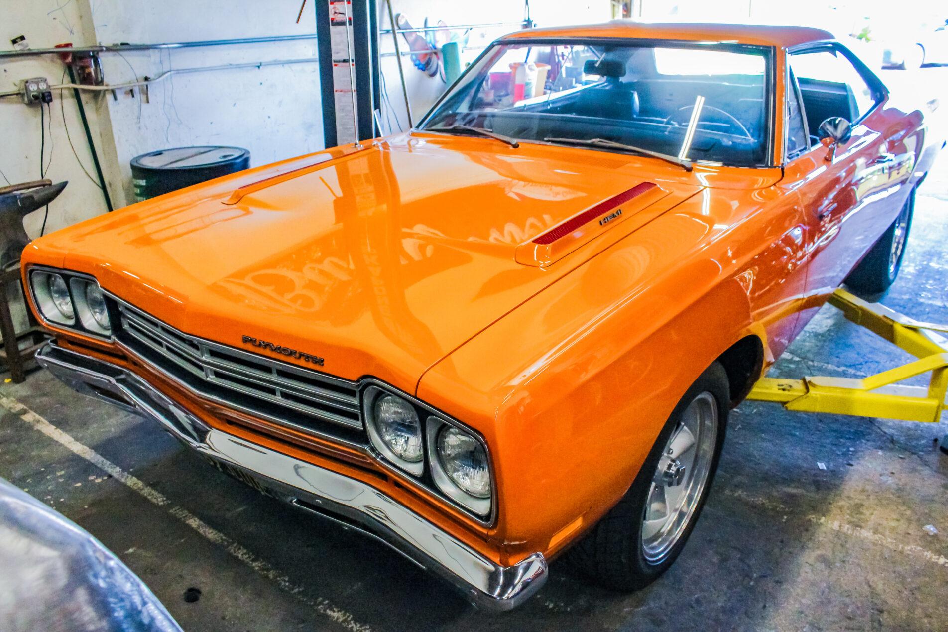 1969 Plymouth Hemi Roadrunner